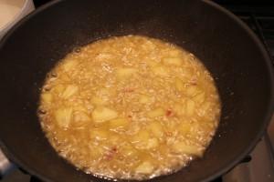 preparazione risotto con le mele