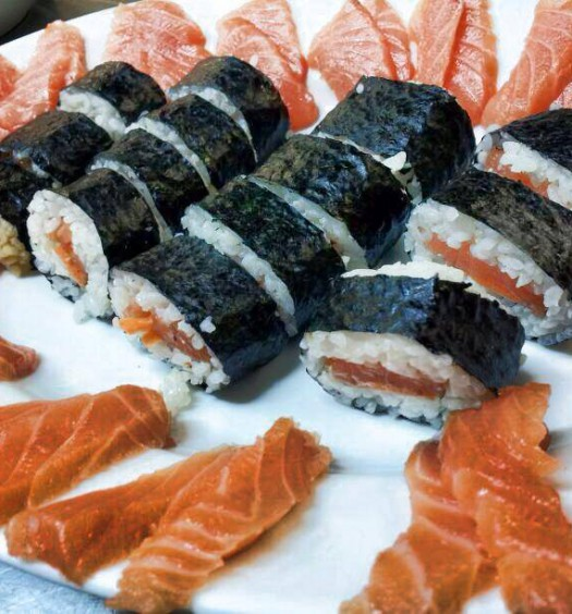 spicy futomaki sushi